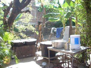 Mittagstisch in Chicharrones nach dem Wirbelsturm