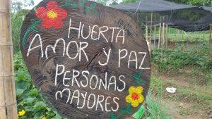 Garten der Liebe und Freundschaft = am Eingang des Gemeinschaftsfeldes.