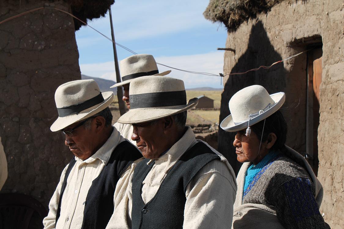 Peruaner mit Hut und Weste